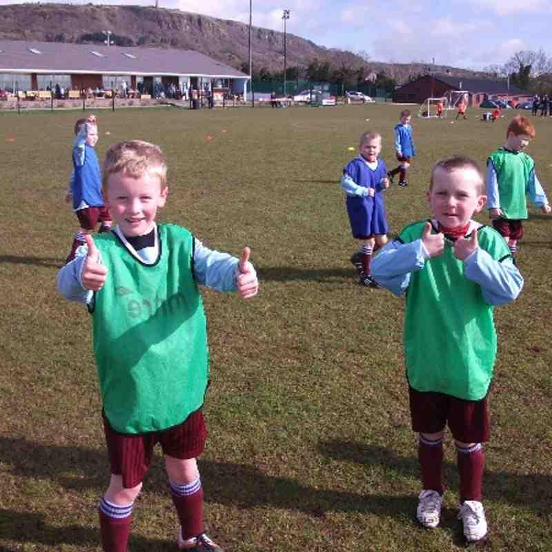 Thumbs Up for Greenisland