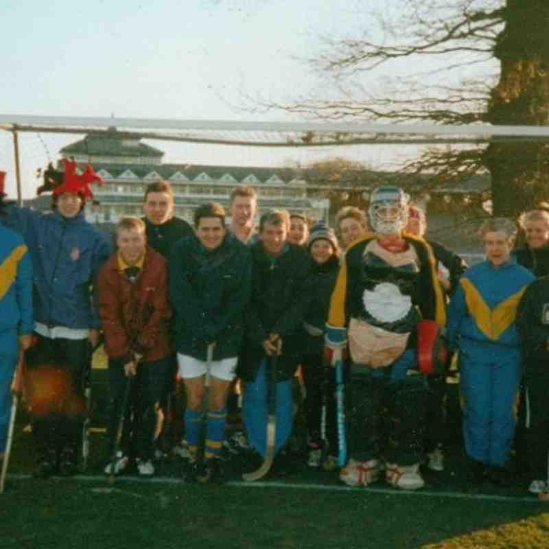 CHRISTMAS FUN GAME TEAM 199? L to R: Mike Rushmere, Ed Rushmere, Jamie Dodds, Jeff Lewis, Don Petty, Simon Gyte, Andrew Young, Holly Beeston, Katherine Bower, Lynn McKeown, David Rushmere(goalie), Spanner, Olwyne Dunning, Nicki Wood, Gill Fox.