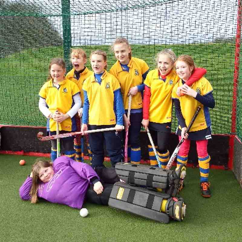 U12 girls YYHL League Runners up 2013/14.