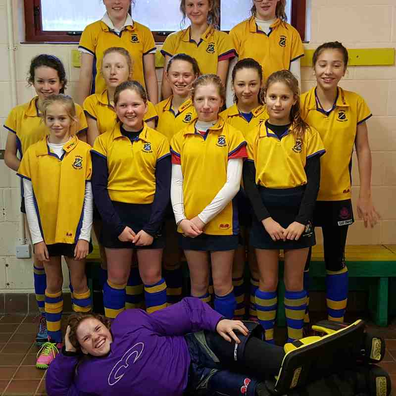 U14 girls B team, Nov 2015.