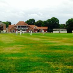 Suttoners 1st XI vs Hyde inc bits from the Airshow