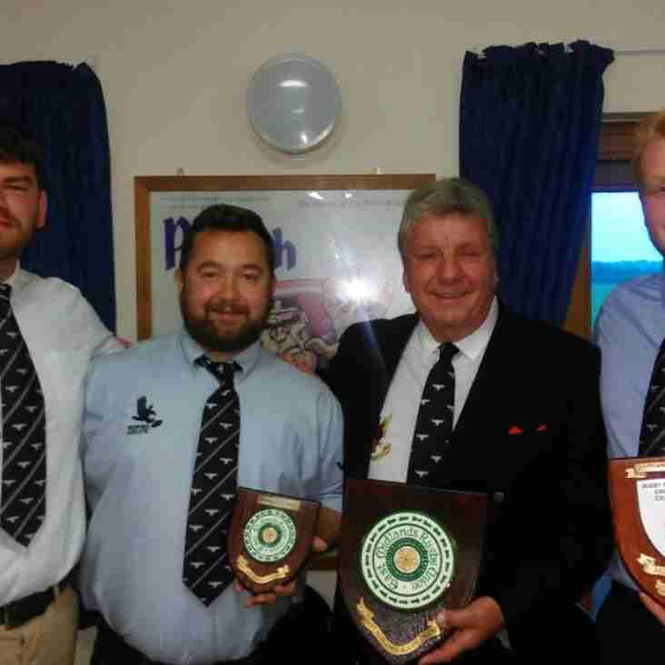 Captains receive league winners shields