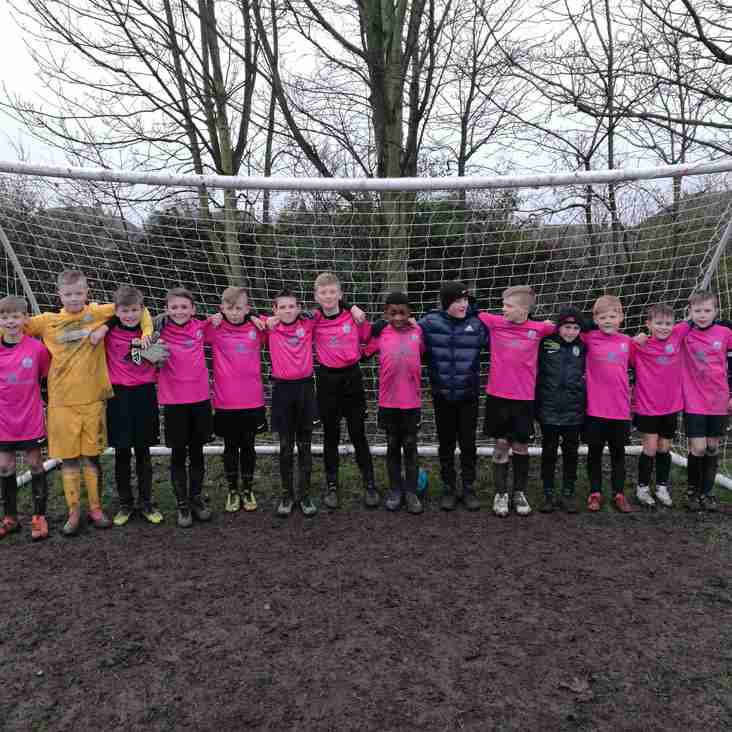 Under 11 Pinks today entertain Glasshoughton.