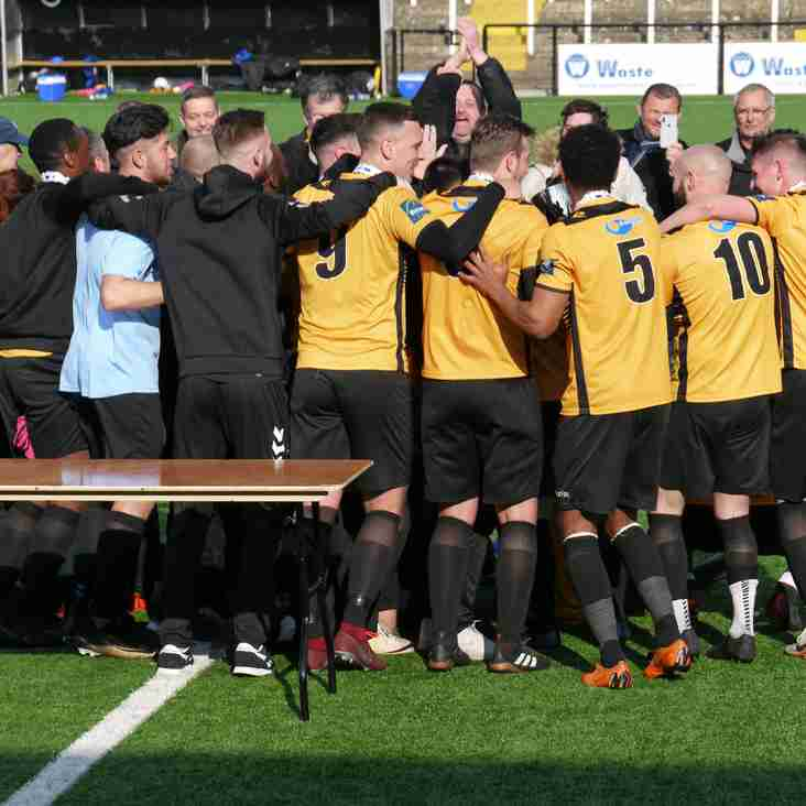 Isthmian South East Division Team of the Year, 2018-19