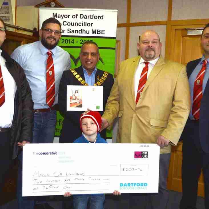 Dartford Raise Money for local Charities