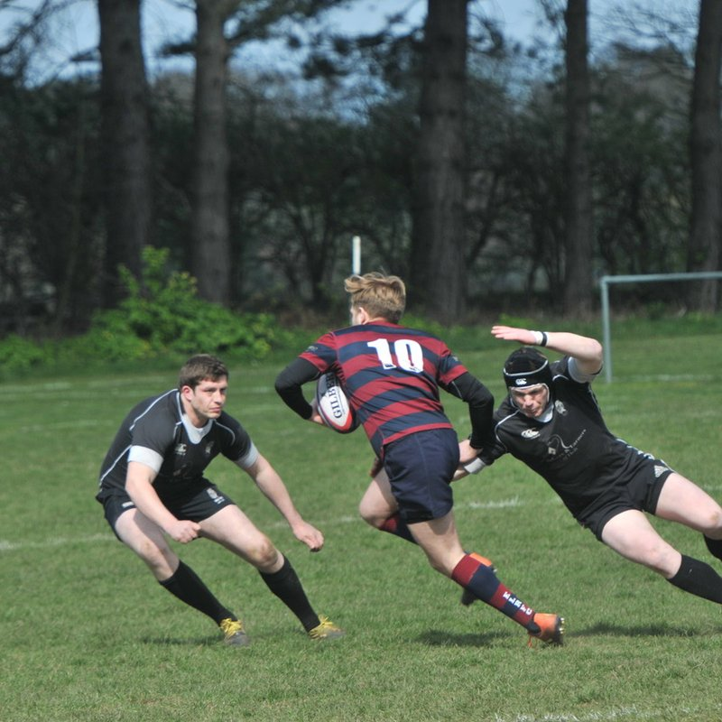 Holt seal promotion in exciting win - Holt 31 East London 22