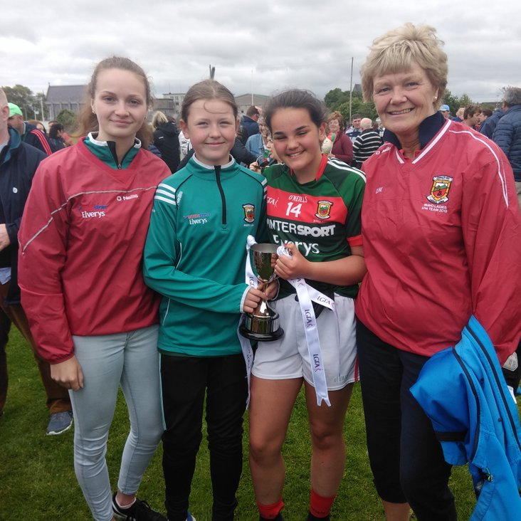 Clara and Laura are All Ireland champions<
