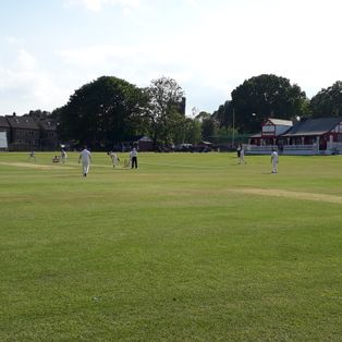 2nd XI lose to Woodlands