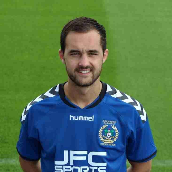 Ashton sign Liam Tomsett