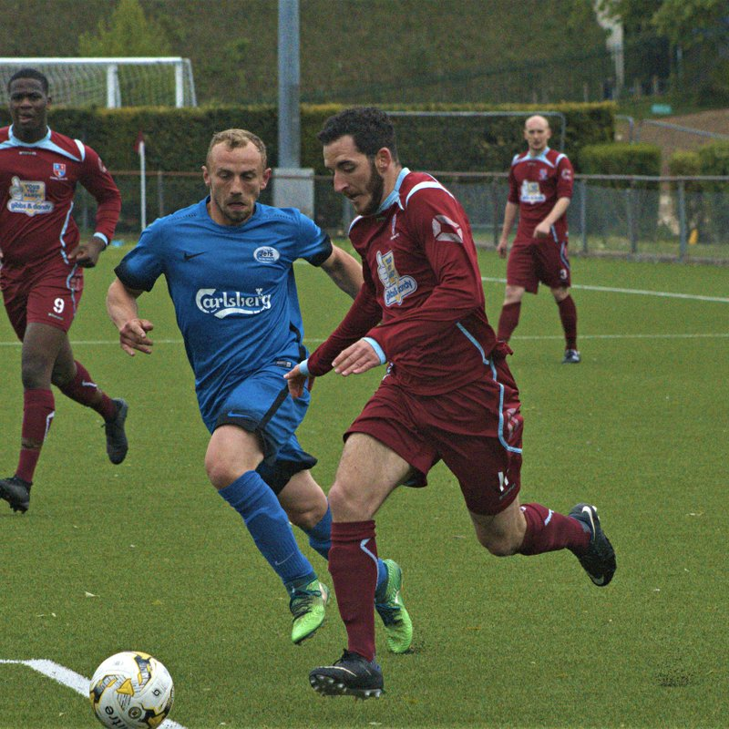 Crawley Green FC lose 3-4 to Oxhey Jets FC