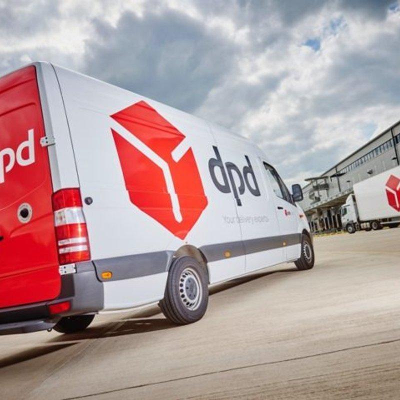 DPD extend sponsorship with Hinckley RFC