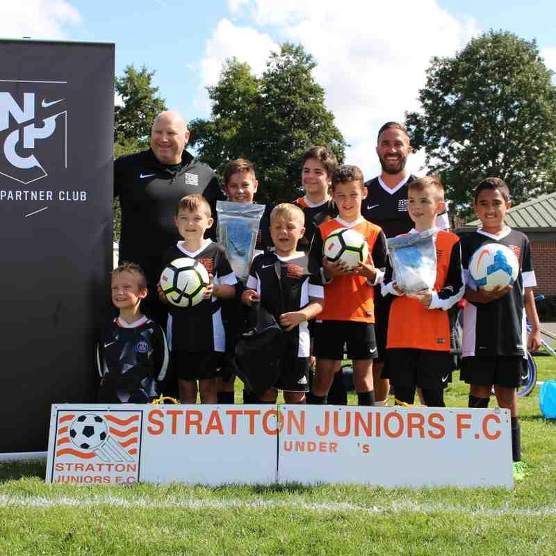 Stratton Juniors Sign On Day 2017-2018 Season