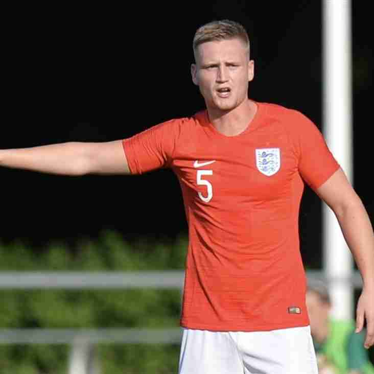 Tudors Do A Deal For An England C Star As Mitchell Signs Up
