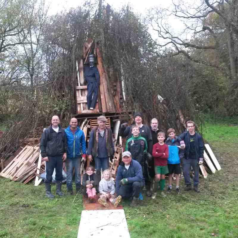 South Nutfield Bonfire Build