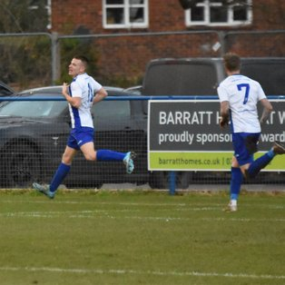 Rowe Seals the Points as Heath Dig Deep