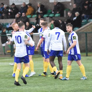 Heath take a point from new league leaders