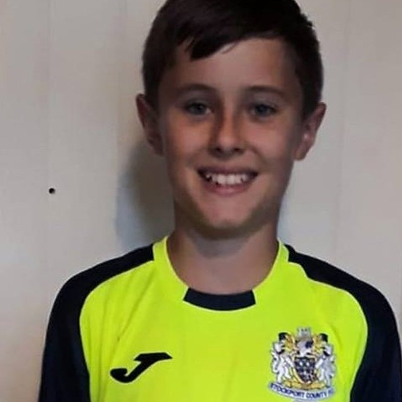 Mountfield keeper joins Stockport County Colts
