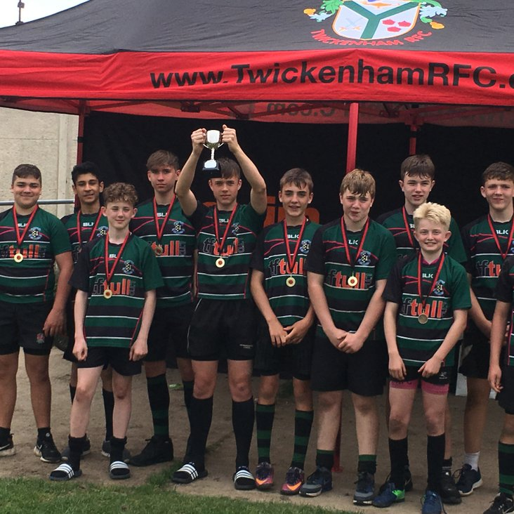 Under 14s win Twickenham 10s<