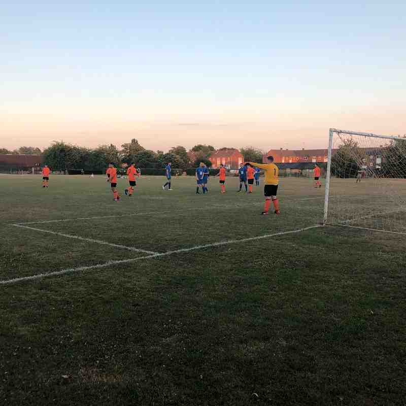 Hatfield Town First vs U25s
