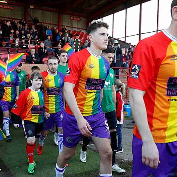 Alty Bag Big Chesire Award For Rainbow Shirt Initiative