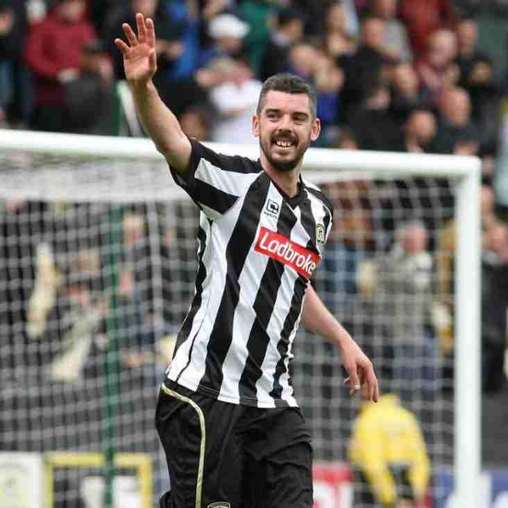Kidsgrove sign Welsh international