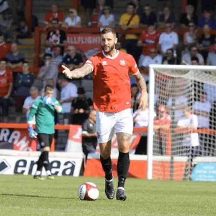 Clitheroe add defender