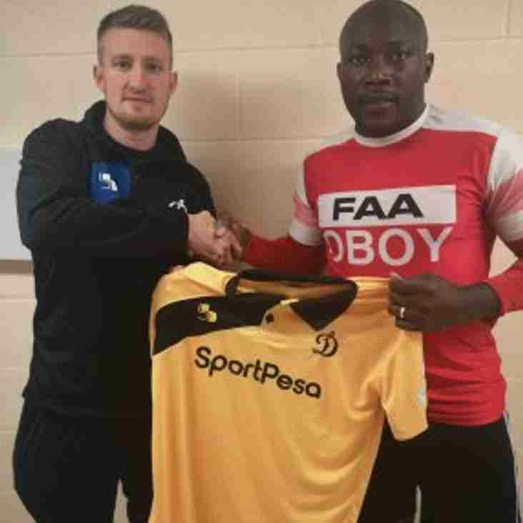 Loughborough sign Eze