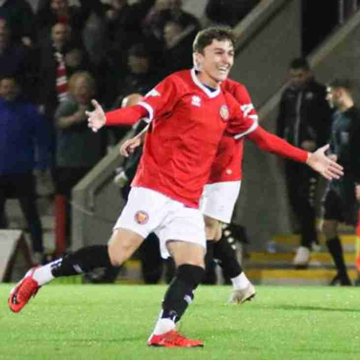 Luke Griffiths extends stay with FC United