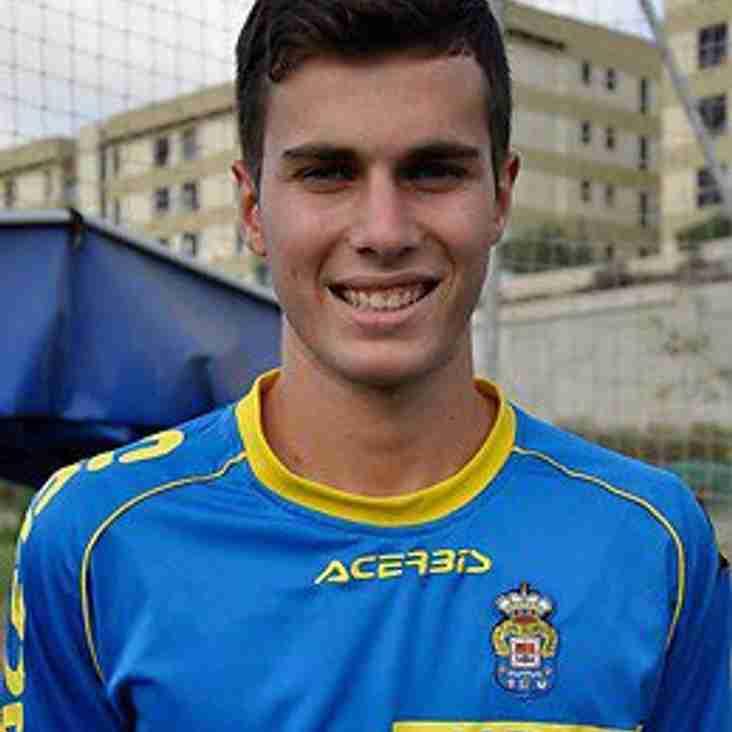 Spanish midfielder joins Glossop North End