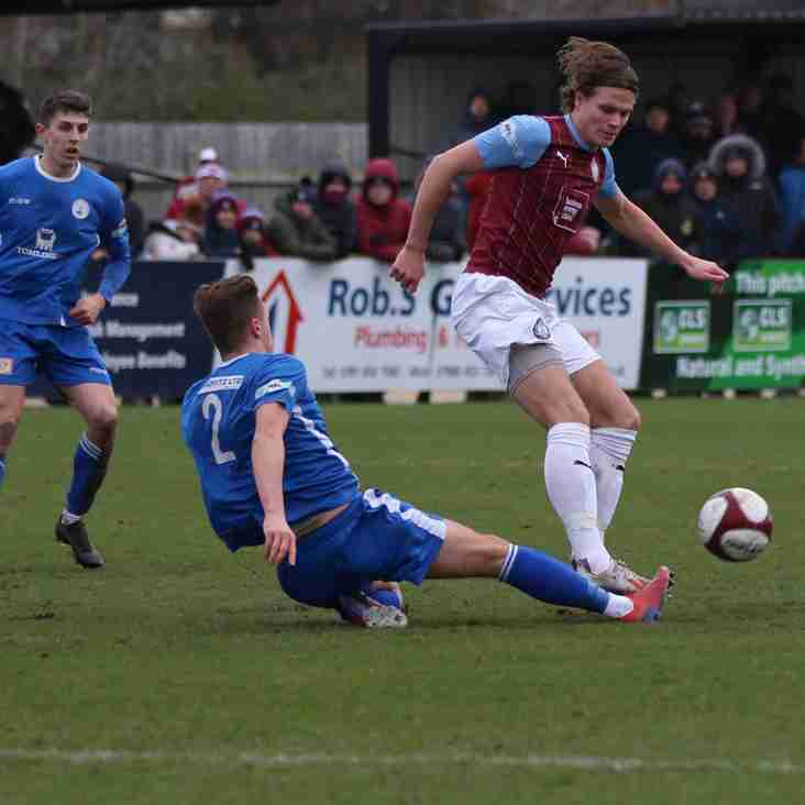 Premier round-up: Mariners extend lead at the top