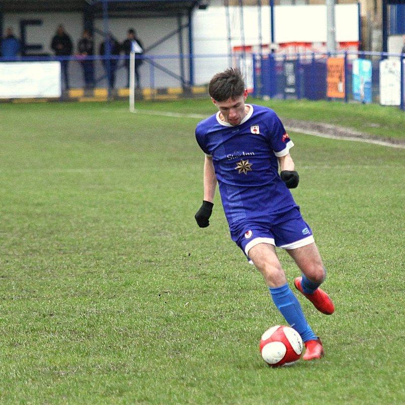 Mason Duffy leaves Glossop
