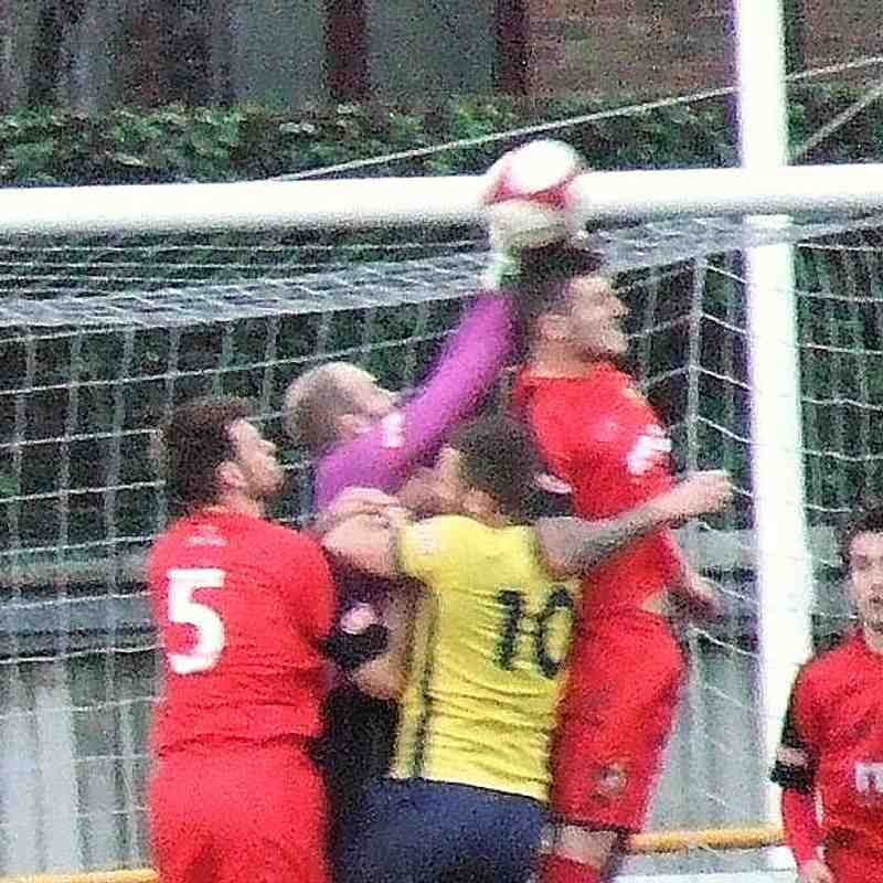 Tadcaster Albion 2-1 Clitheroe 11-11-17