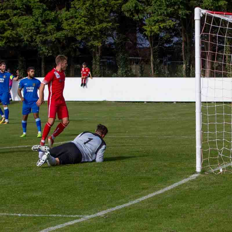 Whitstable lead 1-0