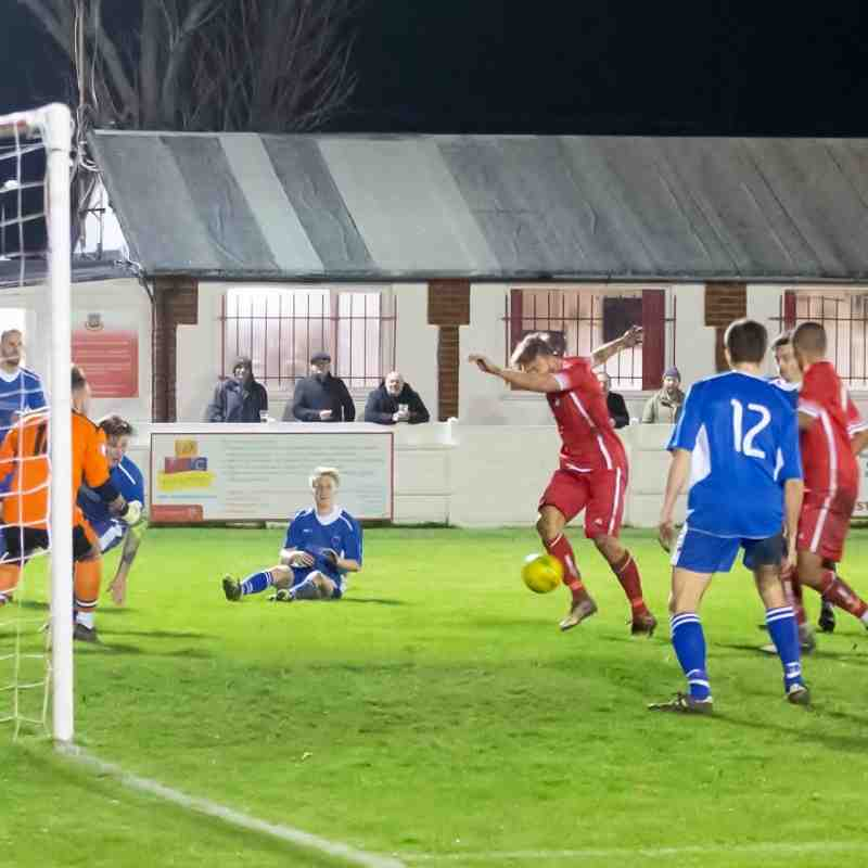 Whitstable cannot find a way through despite a lot of pressure