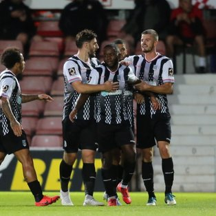 Magpies remain unbeaten on the road