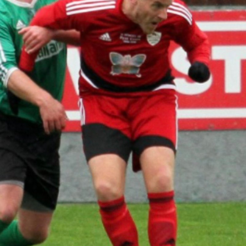 Hart signs contract extension at Quorn FC