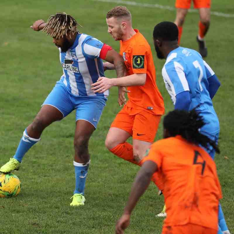 Hullbridge Sports FC v Maldon & Tiptree FC - 7.12.2019
