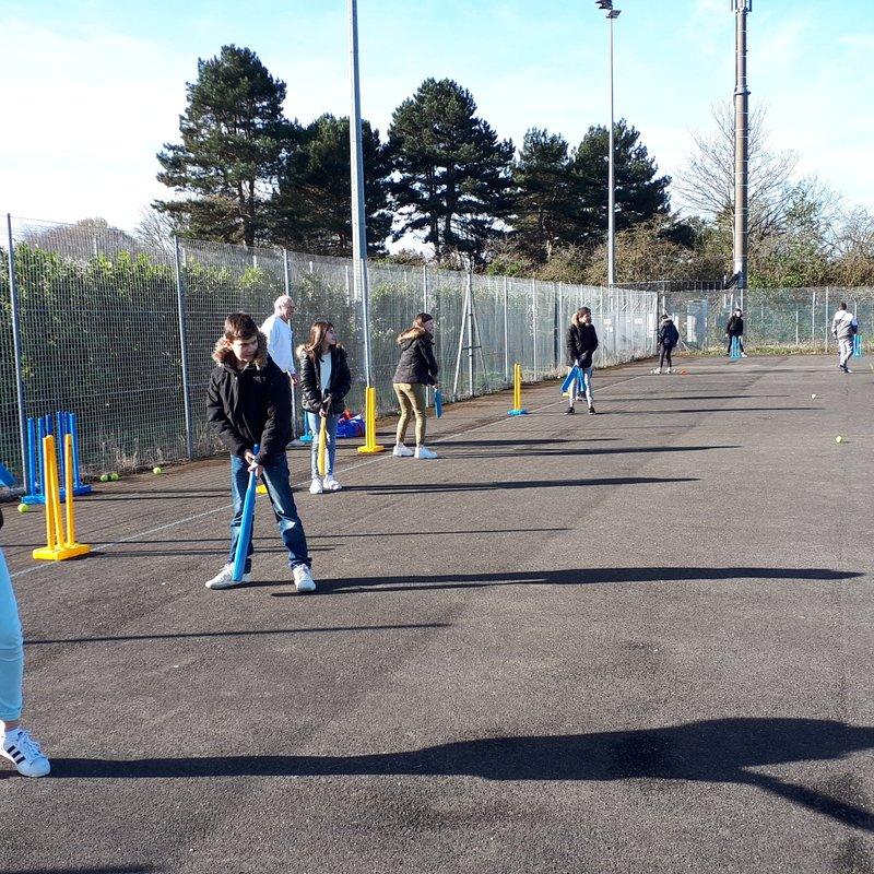 French cricket returns to Short Lane