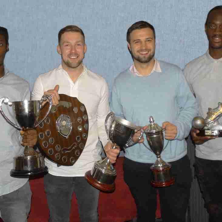 Presentation Awards Honour Players