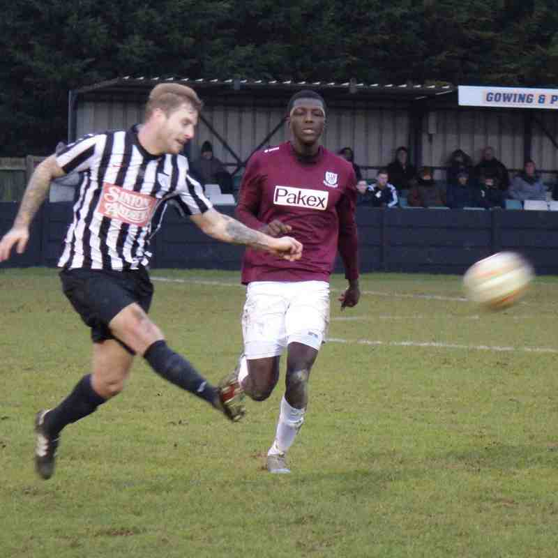 Hanwell Town v Potters Bar Town