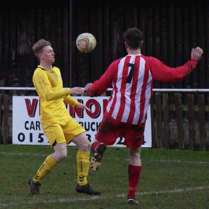 Leighton Town v Potters Bar Town