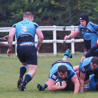 Manor coast to victory at rain swept Ruislip