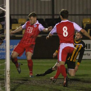 3rd game too much for the Robins