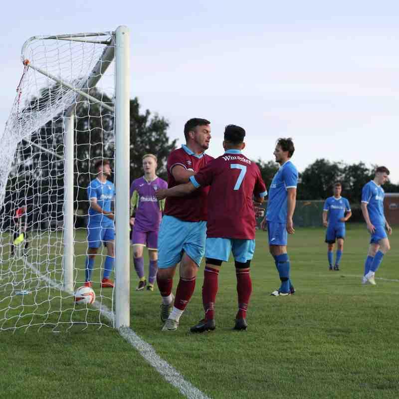 Emley AFC 2-1 Hemsworth MW