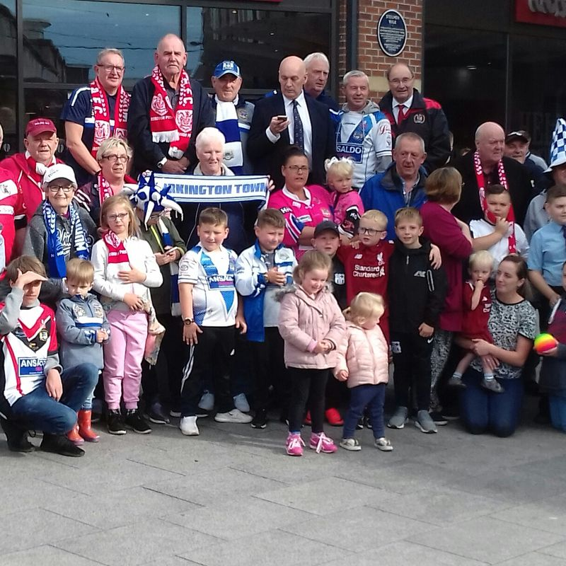 Hundreds march in support of stadium