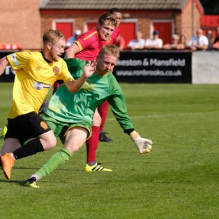 10-man Nailers dig in for a draw