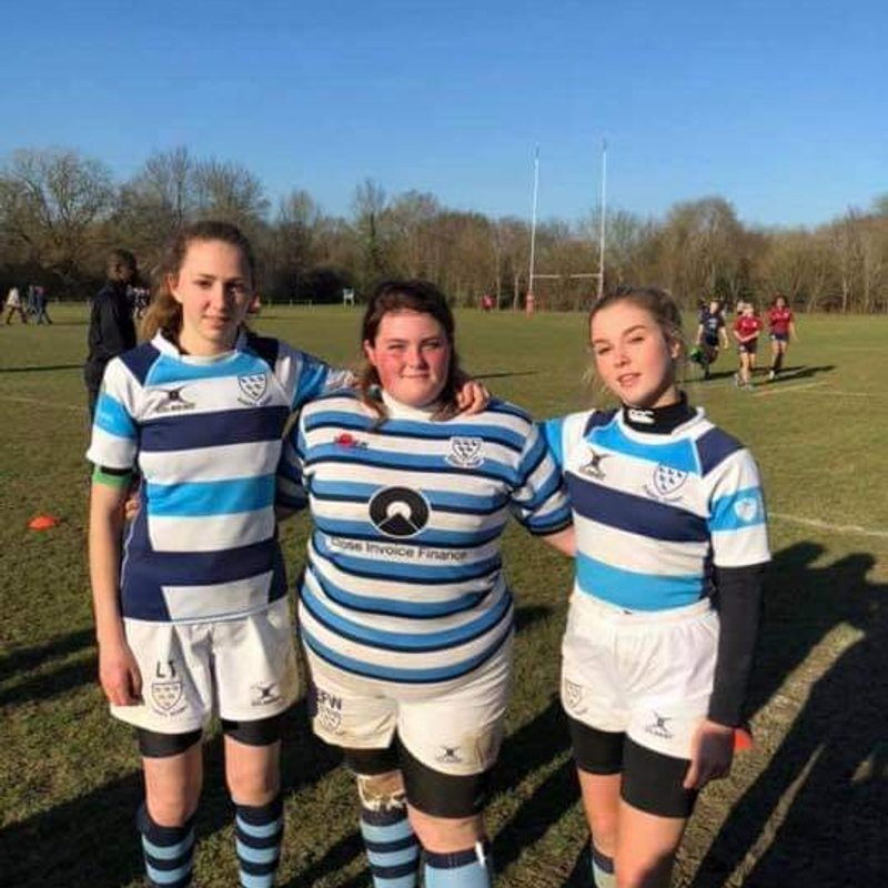 Sussex honors for 3 vixens