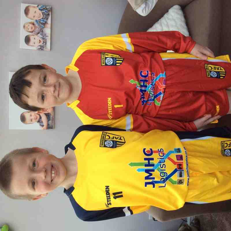 Tadcaster Albion U10s new kit - Club photos - Tadcaster