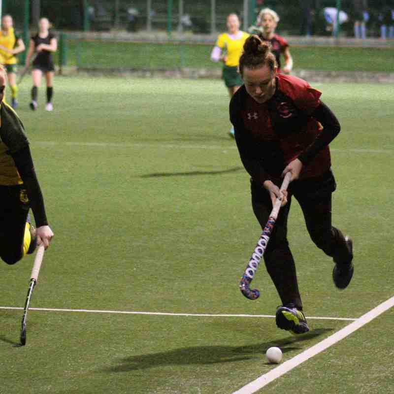 Ladies' Div 6: YMCA vs. Railway Union (Photos: Matthew McConnell)