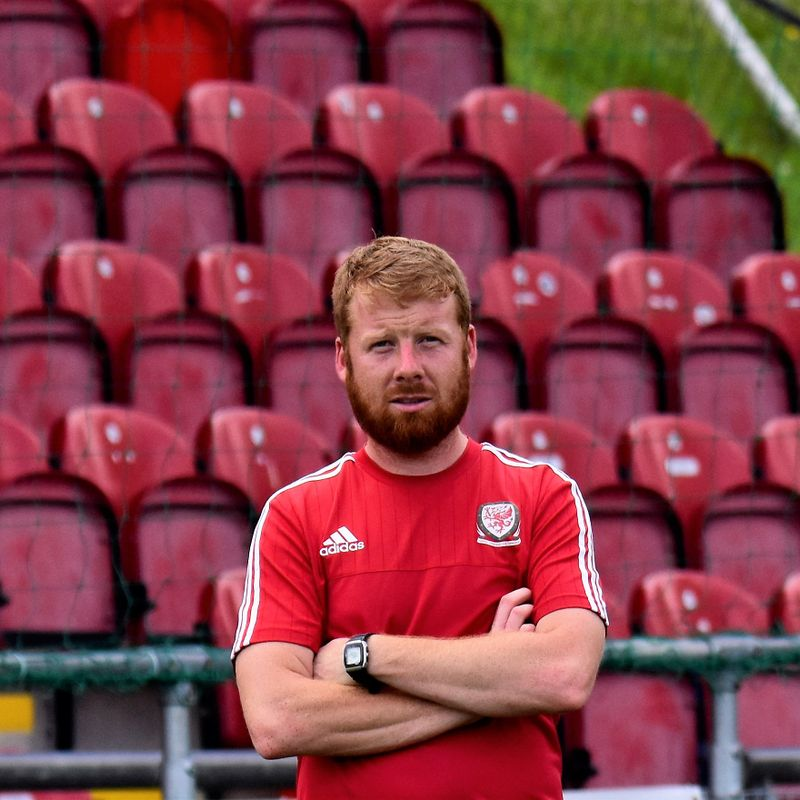 Joint manager leaves Denbigh Town